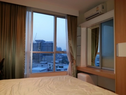 BKKMOVE Agency's 42sqm Brand New, High Rise One Bedroom Apartment to let at Life Sukhumvit 65 4