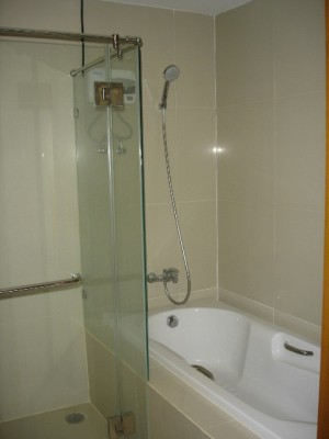 BKKMOVE Agency's 80sqm Traditional, High Rise One Bedroom Apartment for rent at Nusasiri Grand Condo 7