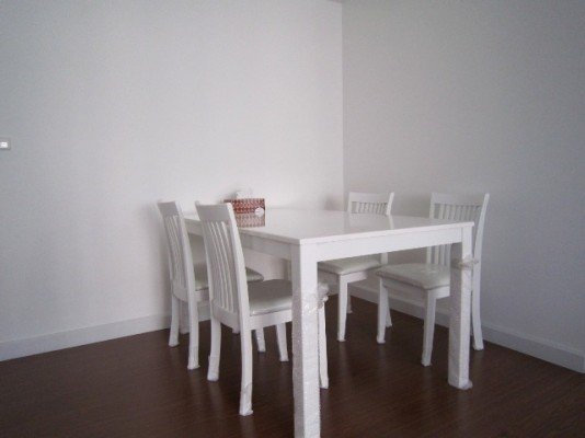 BKKMOVE Agency's 52sqm Nice, Contemporary One Bedroom Apartment for rent at Condo One X Naratiwat 24 3