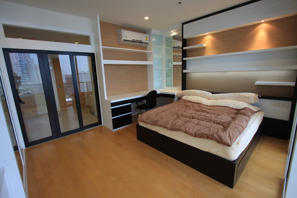 BKKMOVE Agency's 40sqm Brand New, Cozy Studio Flat to let at Villa Rachatewi 1
