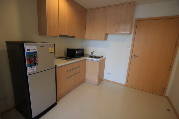 BKKMOVE Agency's 40sqm Brand New, Cozy Studio Flat to let at Villa Rachatewi 8