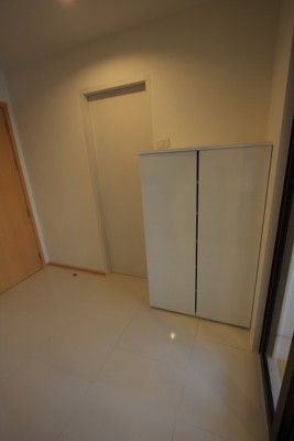 BKKMOVE Agency's 40sqm Brand New, Cozy Studio Flat to let at Villa Rachatewi 9