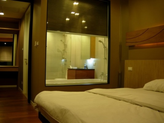 BKKMOVE Agency's 98sqm Elegant, High Rise Two Bedrooms Condo for rent at Amanta Lumpini 2