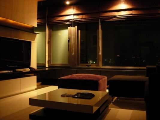 BKKMOVE Agency's 98sqm Elegant, High Rise Two Bedrooms Condo for rent at Amanta Lumpini 6
