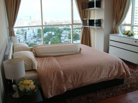 BKKMOVE Agency's 92sqm Spacious, Modern Two Bedrooms Condo for rent at The Address Chidlom 7
