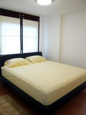 BKKMOVE Agency's 50sqm Low Rise, Good price One Bedroom Flat for rent at Condo One Sukhumvit 52 3