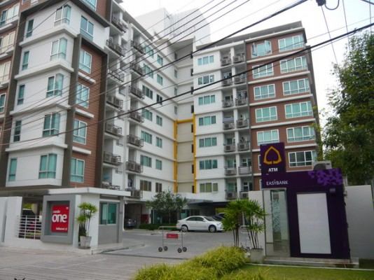 BKKMOVE Agency's 50sqm Low Rise, Good price One Bedroom Flat for rent at Condo One Sukhumvit 52 8