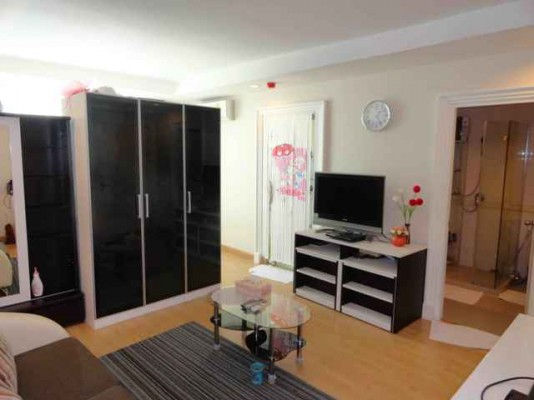 BKKMOVE Agency's 35sqm Modern, Brand New Studio Flat for rent at Symphony Sukhumvit 7