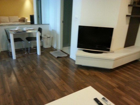 BKKMOVE Agency's 38sqm Tasteful, Well priced One Bedroom Flat to let at The Room Sukhumvit 79 2