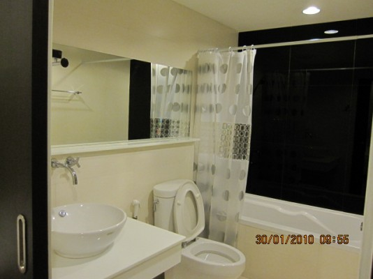 BKKMOVE Agency's 46sqm Brand New, Nice One Bedroom Apartment for rent at The Address Sukhumvit 42 3