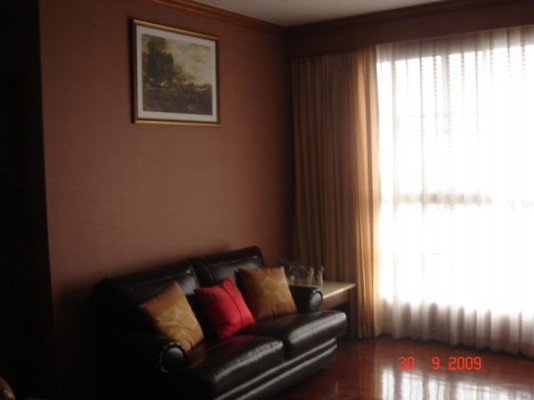 BKKMOVE Agency's 93sqm Spacious, Well priced Three Bedrooms Condo to let at Patumwan Resort 1