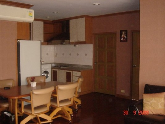 BKKMOVE Agency's 93sqm Spacious, Well priced Three Bedrooms Condo to let at Patumwan Resort 7