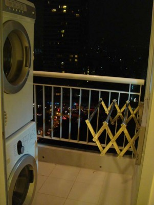 BKKMOVE Agency's 41sqm Trendy, High Rise One Bedroom Apartment for rent at Life Sathorn 10 1
