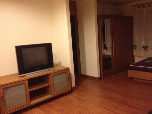 BKKMOVE Agency's 33sqm Low Rise, Well price Studio Flat to let at Wish @ Siam 7