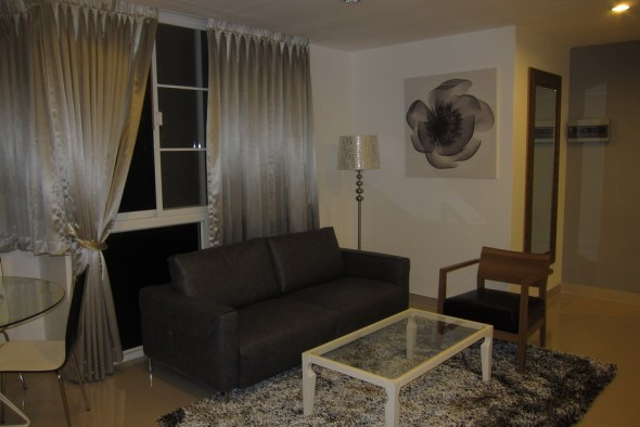 BKKMOVE Agency's 85sqm Well price, Nice Two Bedrooms Flat for rent at JC Tower 1