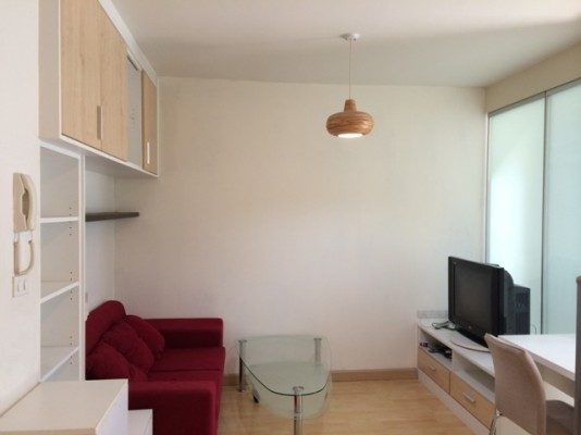 BKKMOVE Agency's 35sqm Trendy, Stylish One Bedroom Condo to let at The Iris Rama 9 1