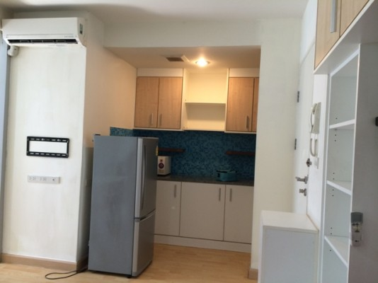 BKKMOVE Agency's 35sqm Trendy, Stylish One Bedroom Condo to let at The Iris Rama 9 2