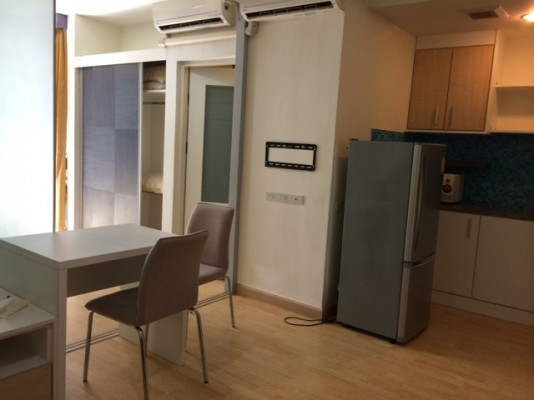 BKKMOVE Agency's 35sqm Trendy, Stylish One Bedroom Condo to let at The Iris Rama 9 3
