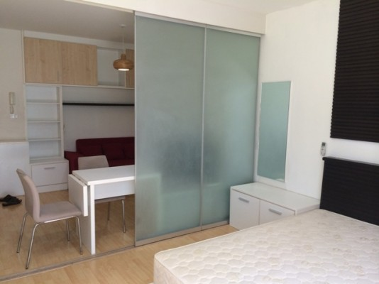 BKKMOVE Agency's 35sqm Trendy, Stylish One Bedroom Condo to let at The Iris Rama 9 5