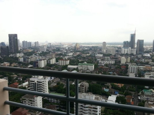 BKKMOVE Agency's 85sqm Well price, Convenient Two Bedrooms Condo to let at Waterford Diamond 30/1 2