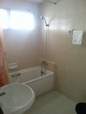 BKKMOVE Agency's 85sqm Well price, Convenient Two Bedrooms Condo to let at Waterford Diamond 30/1 7