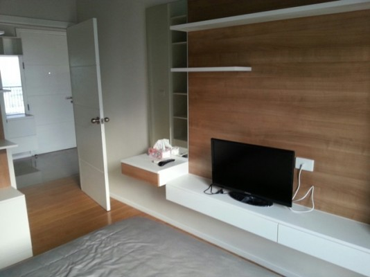 BKKMOVE Agency's 45sqm High Rise, Modern One Bedroom Apartment to let at Blocs 77 5