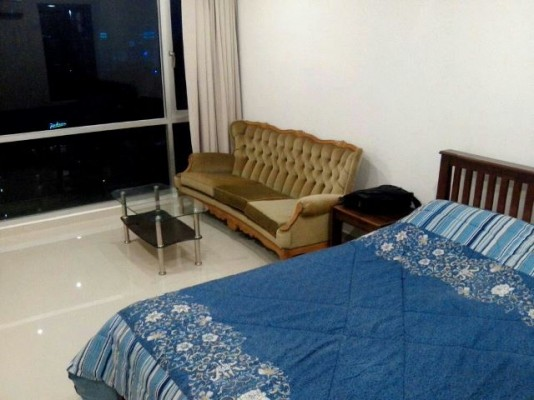 BKKMOVE Agency's 27sqm Good price, Centrally Located Studio Flat to let at Sukhumvit suites 4