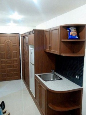 BKKMOVE Agency's 27sqm Good price, Centrally Located Studio Flat to let at Sukhumvit suites 5