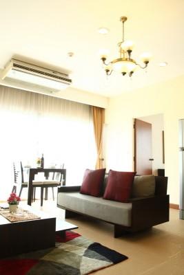 BKKMOVE Agency's 50sqm Convenient, Cozy One Bedroom Apartment to let at Sarin Suites Sukhumvit Bangkok 1