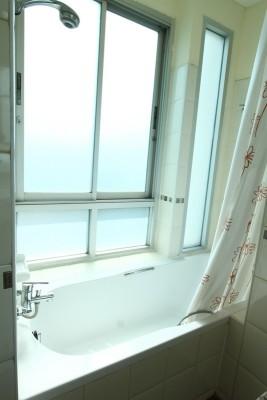 BKKMOVE Agency's 50sqm Convenient, Cozy One Bedroom Apartment to let at Sarin Suites Sukhumvit Bangkok 9