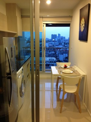 BKKMOVE Agency's 35sqm Cozy, Brand New One Bedroom Apartment to let at Rhythm Sathorn-Narathiwas 5