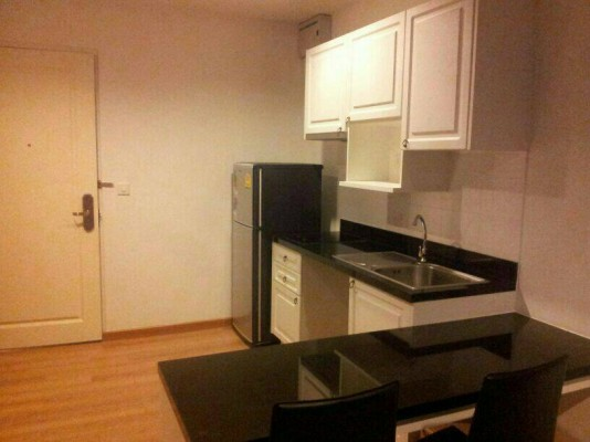 BKKMOVE Agency's 44.5sqm Beautiful, Tasteful One Bedroom Apartment for Sale at The Seed Memories Siam 5