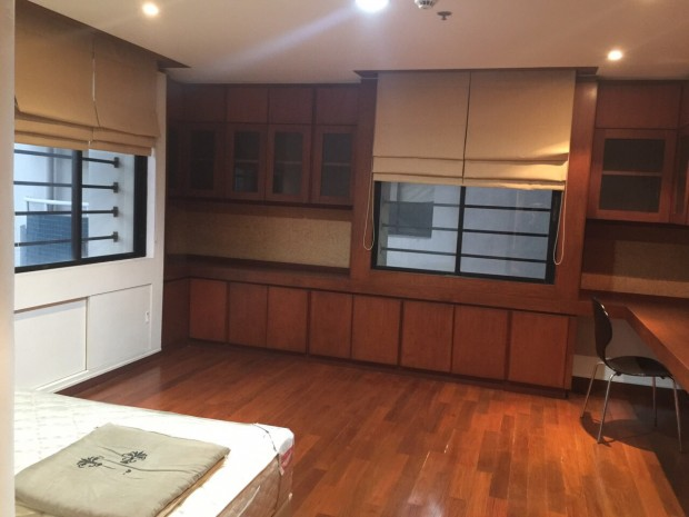 BKKMOVE Agency's 185sqm Beautiful, Spacious Two Bedrooms Condo for rent at Las Colinas 3
