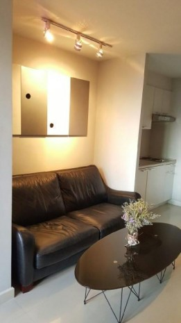 BKKMOVE Agency's 37sqm Lovely, Elegant One Bedroom Apartment for rent at The Clover Thonglor 18 14