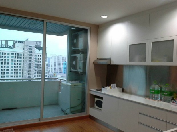BKKMOVE Agency's 111sqm Good price, Spacious One Bedroom Condo for rent at MB Grand 12