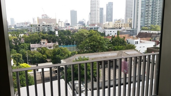 BKKMOVE Agency's 38sqm Private, Lovely Studio Duplex Condo for rent at Ideo Morph Sukhumvit 38 4