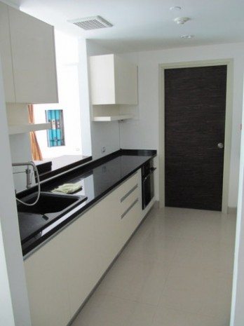 BKKMOVE Agency's Watermark Chaophraya River Condo ,River view low floor, 165 Sqm 3 bedroom 3 bathroom  1 maid for Rent/Sale Well price!! 6