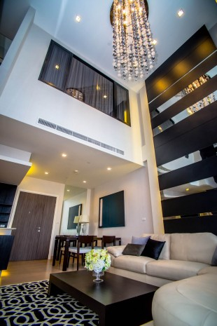 BKKMOVE Agency's 120sqm Spacious, Brand New Three Bedrooms Condo for rent at Urbano-Absolute Sathorn Taksin 15