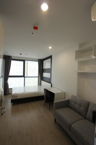 BKKMOVE Agency's 24sqm High Rise, Well price Studio Apartment for rent at Ideo Q Chula 5