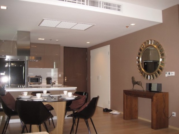 BKKMOVE Agency's 100sqm Luxury, Elegant Three Bedrooms Condo for rent at Siri at Sukhumvit 2