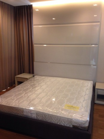 BKKMOVE Agency's For Rent Address Sathorn 12 75sqm 2b/2b Jacuzzi tub. fully furnished For Rent 53K a month 1