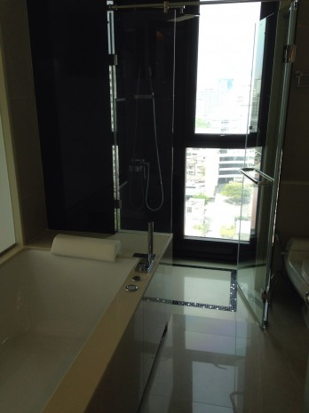 BKKMOVE Agency's For Rent Address Sathorn 12 75sqm 2b/2b Jacuzzi tub. fully furnished For Rent 53K a month 2