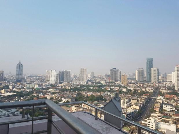 BKKMOVE Agency's Watermark Chaophraya River Condo ,River view High floor, 218 Sqm 3+1 bedroom 4 bathroom 2 kikchen 1 Big livingroom 1 maid for Sale Well price!! 6