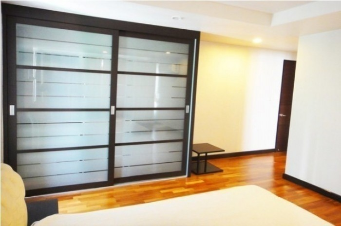 BKKMOVE Agency's Avenue 61 condo for rent well price!! spaious room 3bedroom 3bathroom 167sqm. 3
