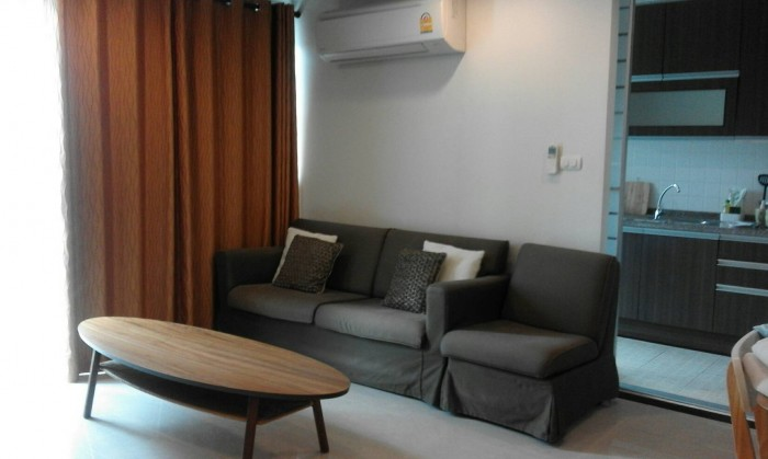 BKKMOVE Agency's Avenue 61 condo for rent well price!! spaious room 2bedroom 2bathroom 102sqm. 1