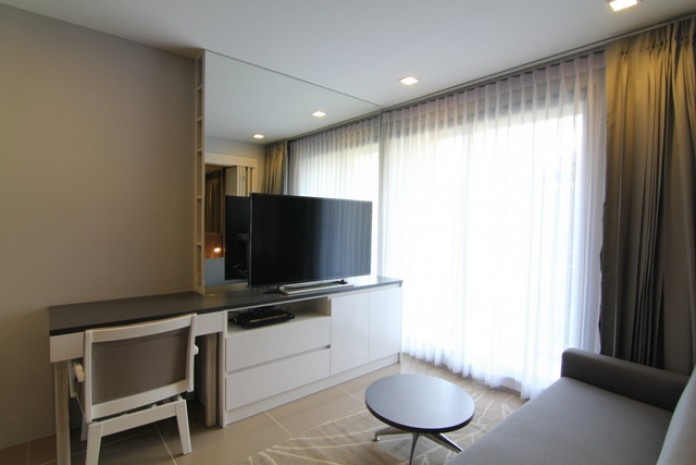 BKKMOVE Agency's Mirage Sukhumvit 27 condo for rent/sale well price!! spaious room 1bedroom 1bathroom 35.7sqm. 2