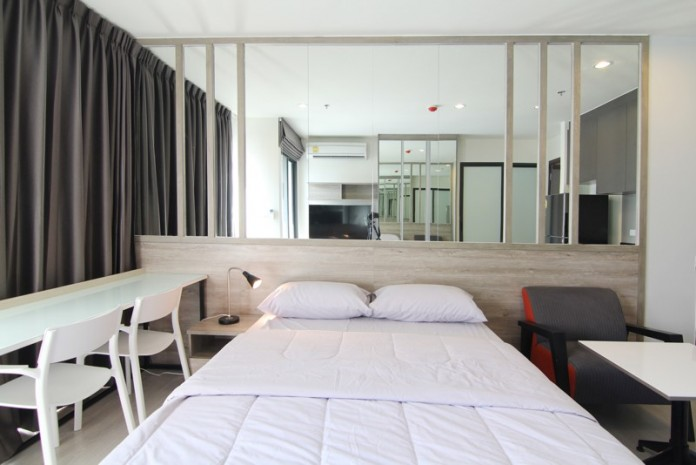 BKKMOVE Agency's Rhythm Asoke condo for rent/sale well price!! spaious room studio 1bathroom 22sqm. 1