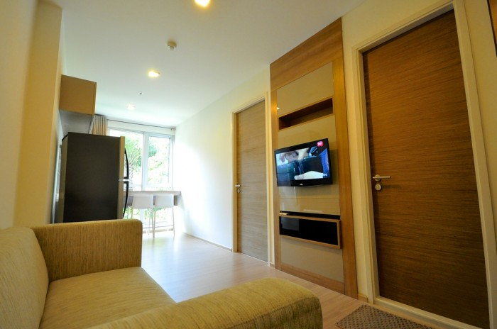BKKMOVE Agency's Rhythm Sukhumvit 50 condo for rent well price!! spaious room 1bedroom 1bathroom 35sqm. 4