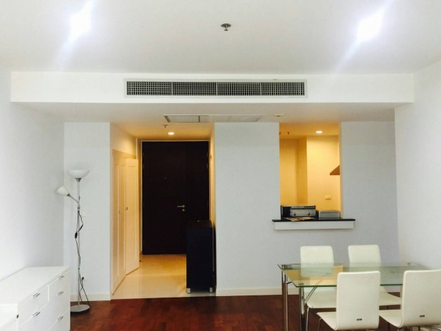BKKMOVE Agency's 92sqm Cozy, Convenient Condo near BTS two bedroom low floor to let at Siri Residence 1