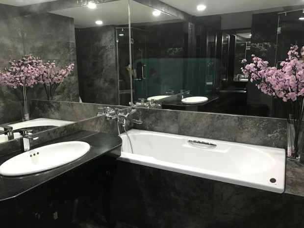 BKKMOVE Agency's 71sqm Spacious, Elegant One Bedroom Condo for SALE 8.6MB all inclusive at Trendy Sukhumvit 13 5
